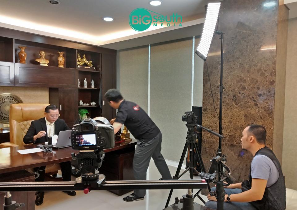 Quay phim giới thiệu công ty cung cấp suất ăn công nghiệ Hoa Mai 10