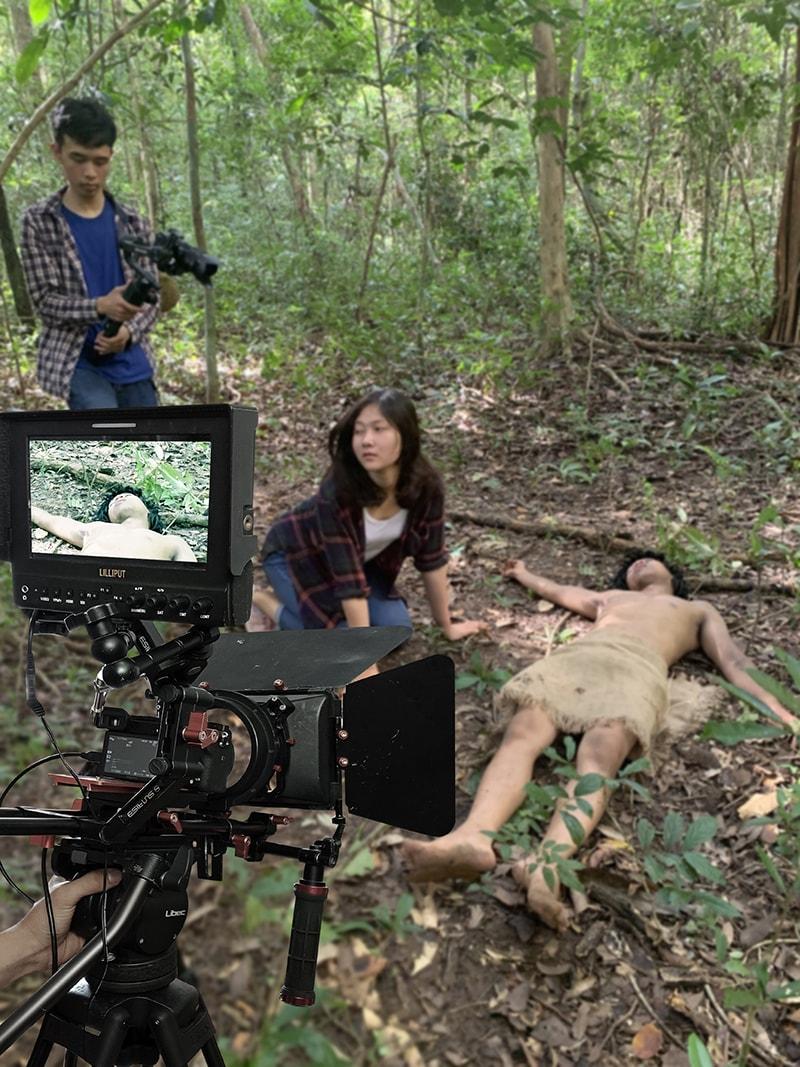 Quay phim Minh Nhựt đang tác nghiệp