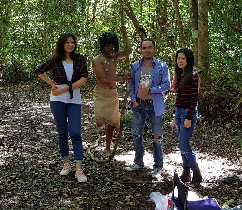 Đạo diễn Nguyễn Văn Nam và team Lạ Chuyện