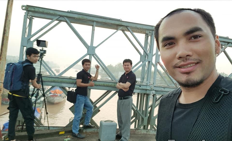 Team Bigsouth đang tác nghiệp tại Chợ Dừa - Bến Tre