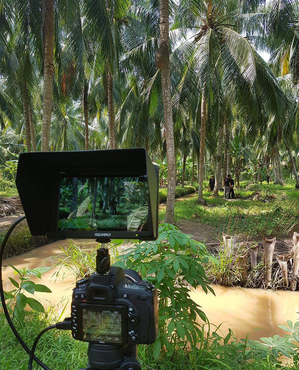Team Bigsouth đang quay tại vườn dừa