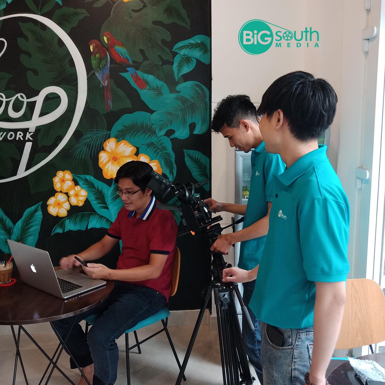 Hậu trường quay phim giới thiệu công ty phụ kiện công nghệ ZADEZ